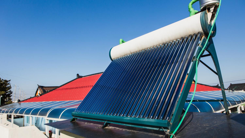 Diferença entre coletores solares e painéis de energia fotovoltaica